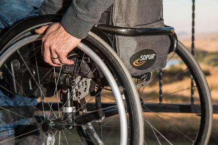 Cadira de rodes (ortopèdia)