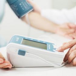 Servicio de medida de la presión arterial y ritmo cardíaco