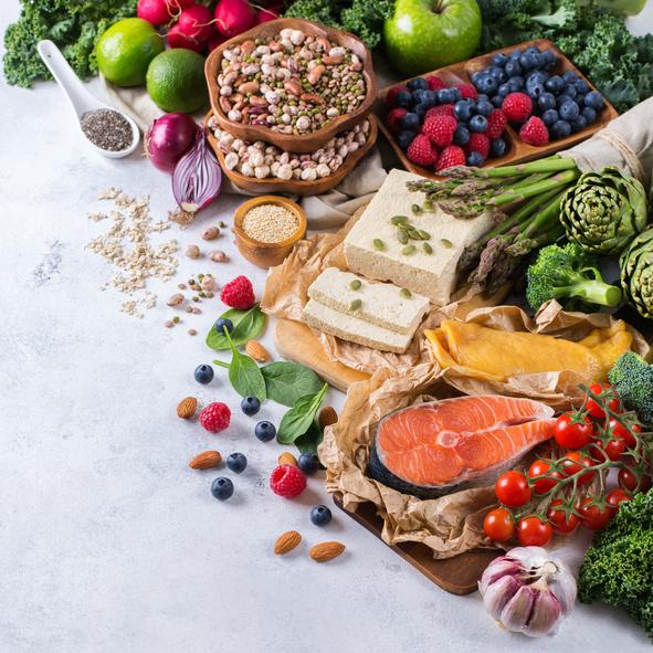 Sigue una dieta saludable y controla el colesterol