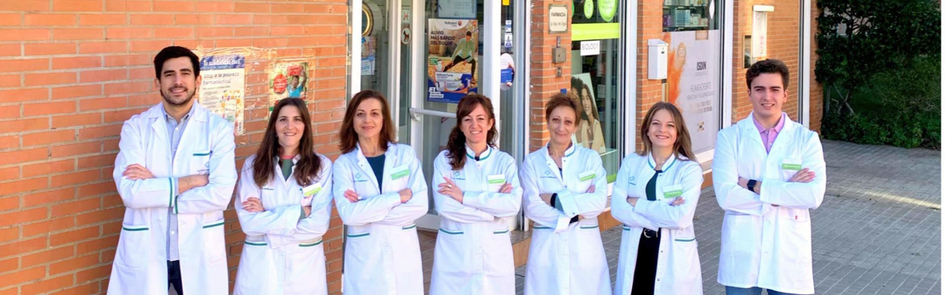 """<p style=""""text-align: center;"""">¡ Bienvenidos a Farmacia Miralbueno !</p>"""