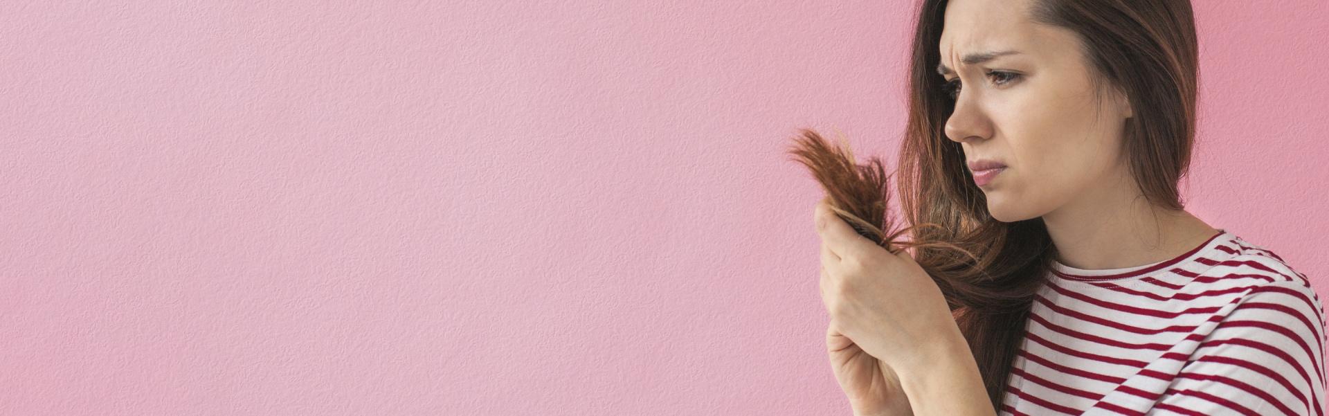 """<p><span style=""""color:#FFF0F5;"""">¿Sabías quepuedes llegar a perder<br /> hasta 100 cabellos al día?</span></p>"""